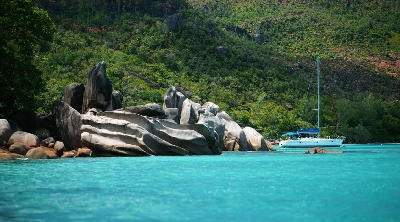 הפלגה לאיי סיישל עם דרך הים