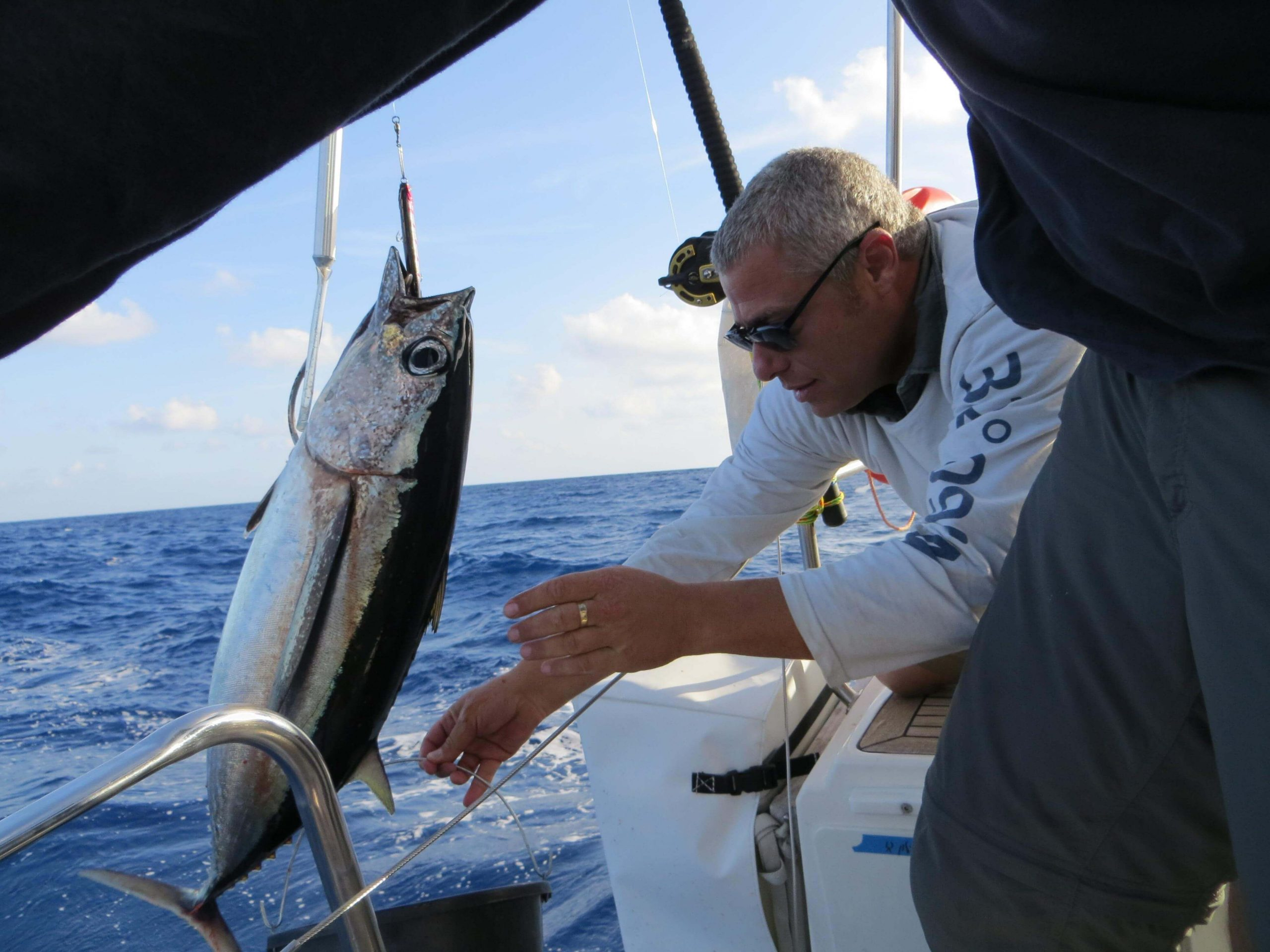 הפלגה לקפריסין - אפשר גם לדוג