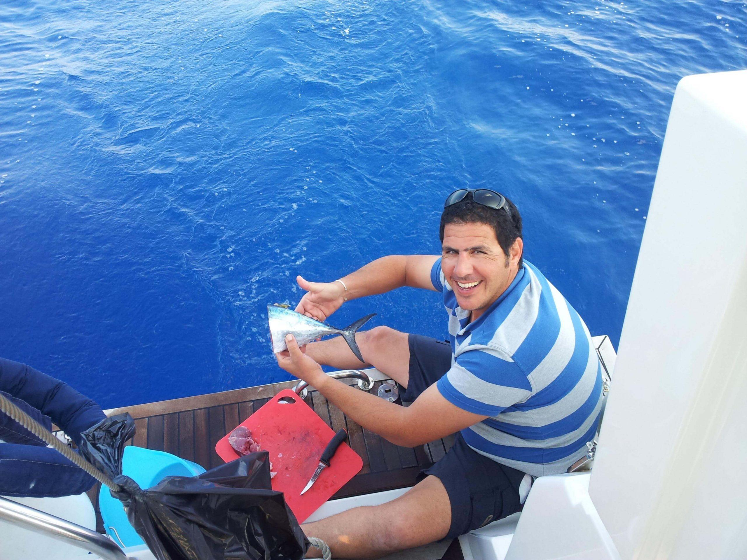 הפלגה לקפריסין - מפלטים דגים