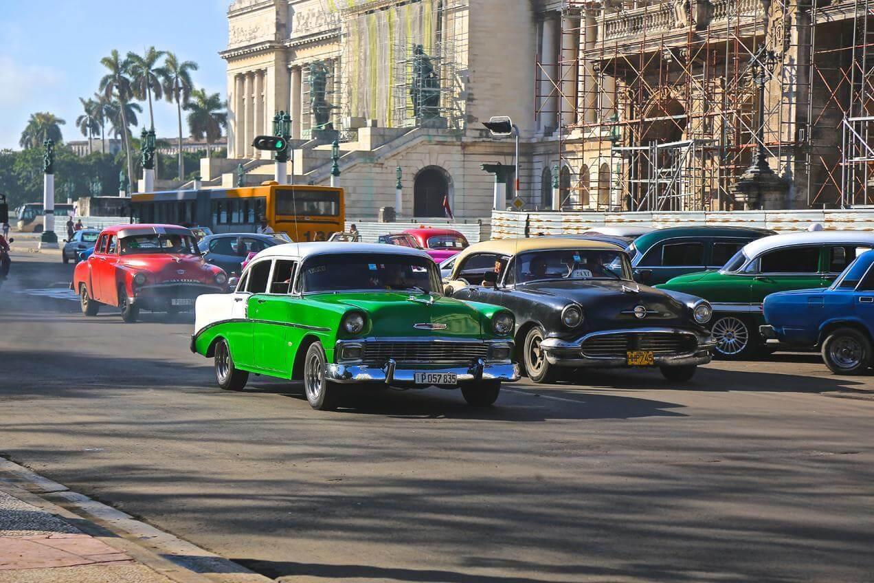 מכוניות בקובה - הפלגה עם דרך הים