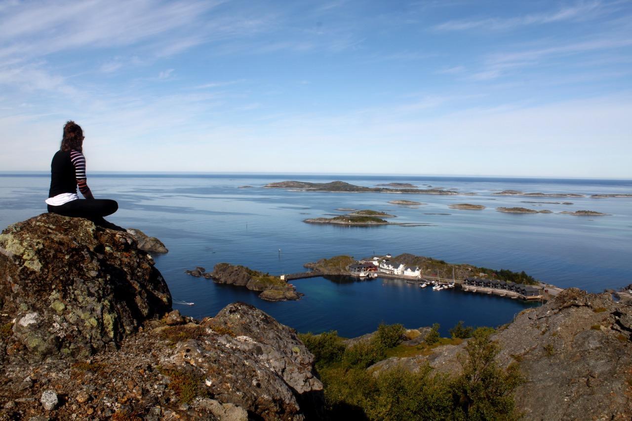 שייט בצפון נורווגיה - מבט מהצוקים - דרך הים