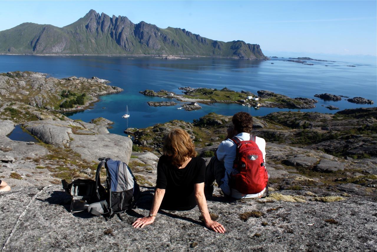 שייט בצפון נורווגיה -נחים על החוף - דרך הים