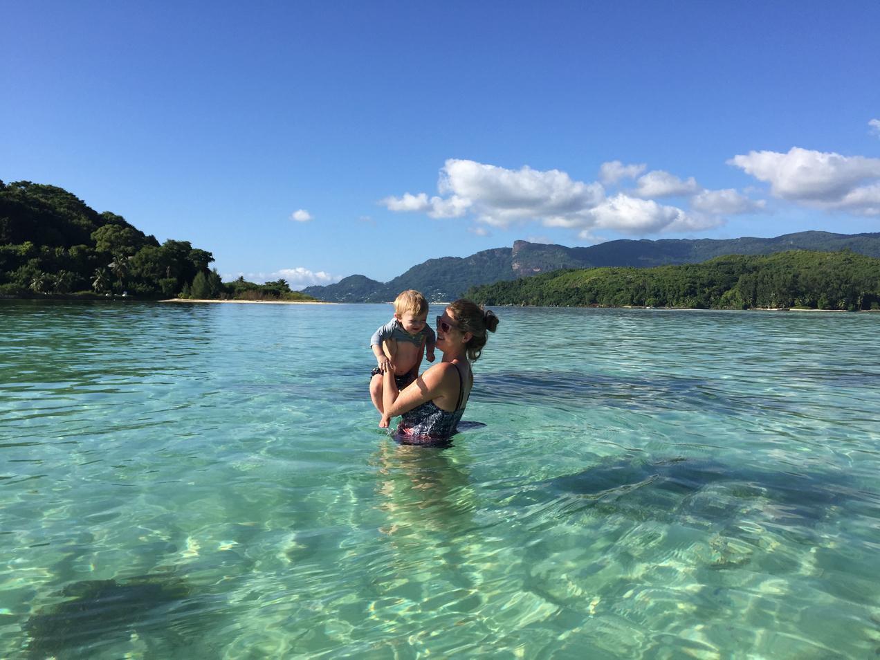 נהנים באיי הסיישל - דרך הים
