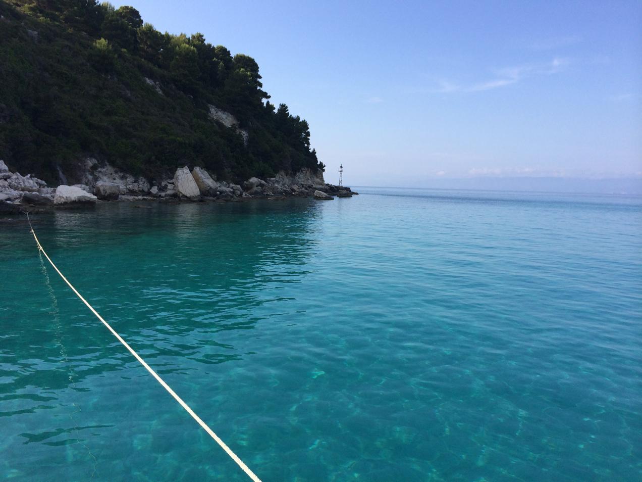 הפלגה ליוון עם דרך הים - מים שקופים ונופים מדהימים
