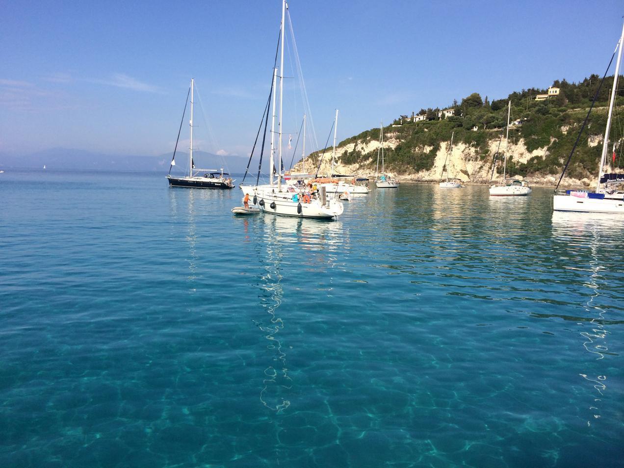 הפלגה ליוון עם דרך הים - מעגן סירות ויאכטות מרהיב ביופיו