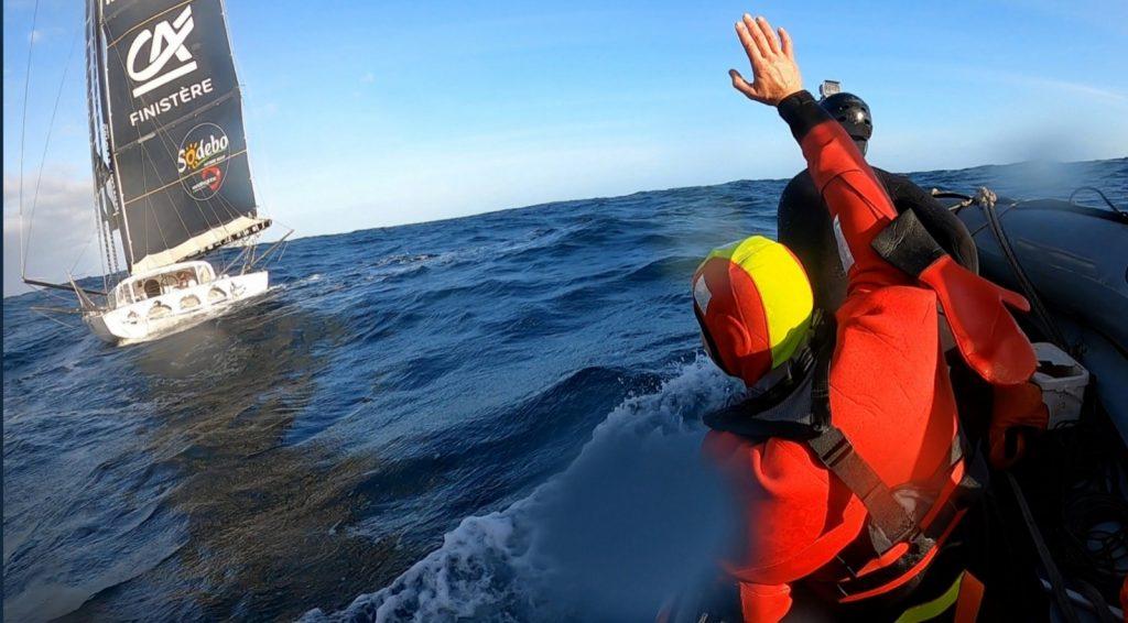 חילוץ בלב האוקיינוס הדרומי