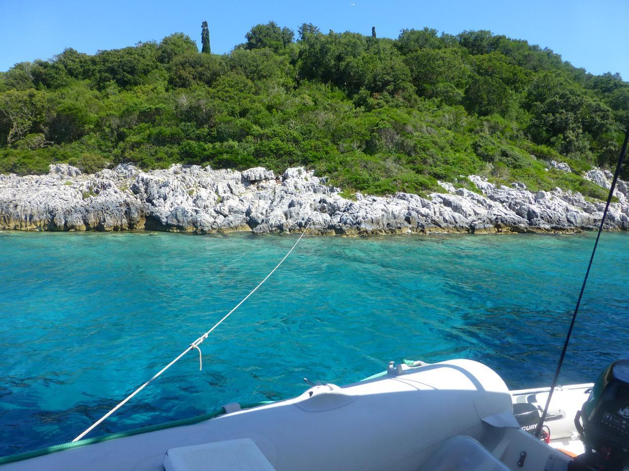 הפלגה ליוון עם דרך הים - מפרץ יווני מדהים