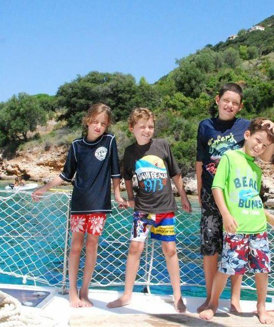 פלוטילת משפחות ביוון עם דרך הים