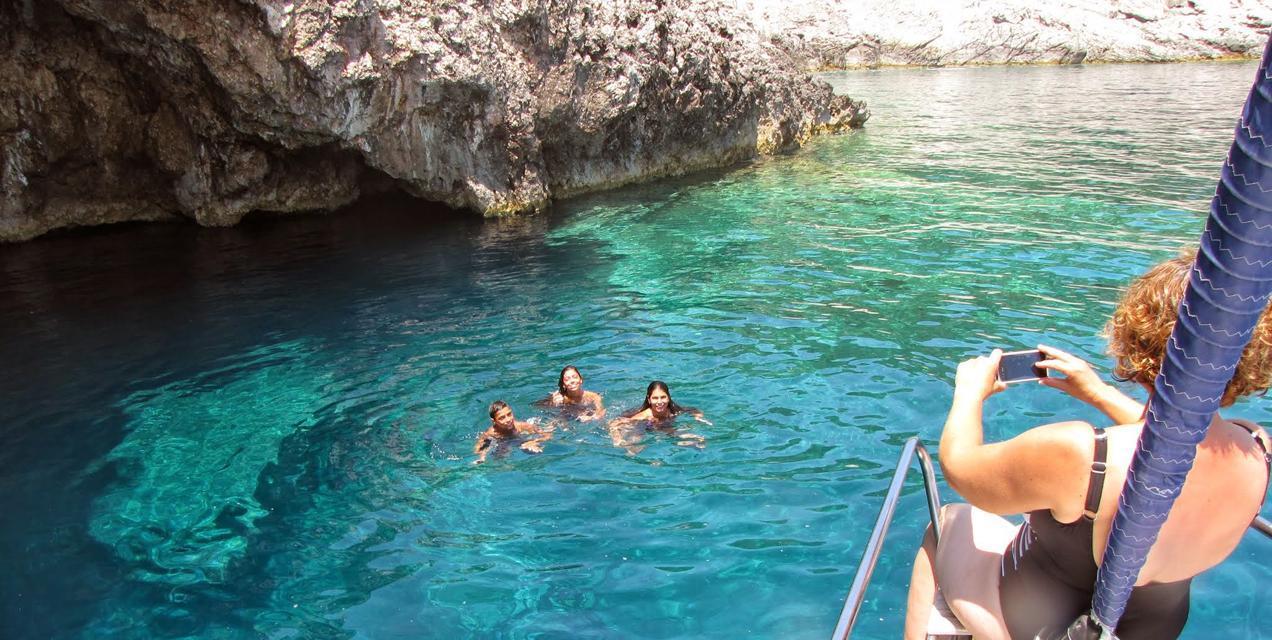 פלוטילת משפחות בים היווני -דרך הים