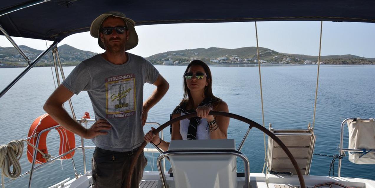 מכוונים את ההגה בפלוטילת מתקדמים ביוון | דרך הים